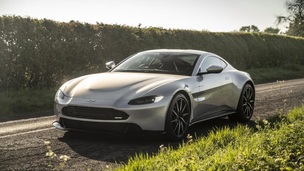 Aston Martin Vantage F1 Edition, the Launch of the Millennium
