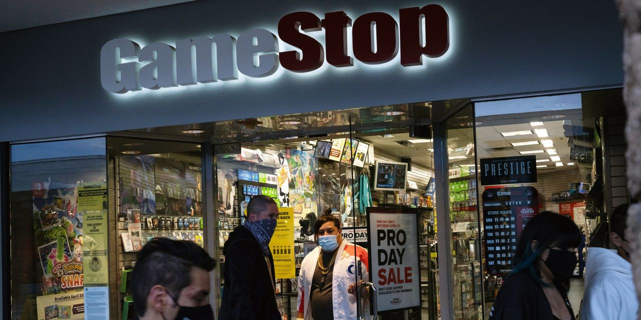 GameStop Corp. CEO to get millions on his exit